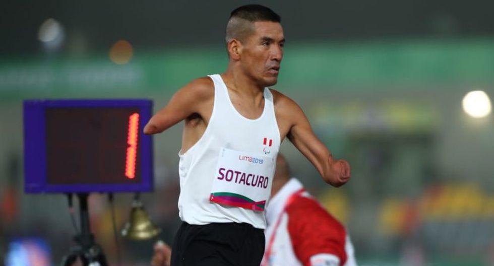 Efraín Sotacuro corriendo en el Estadio Atlético de la Videna. (Grupo El Comercio)