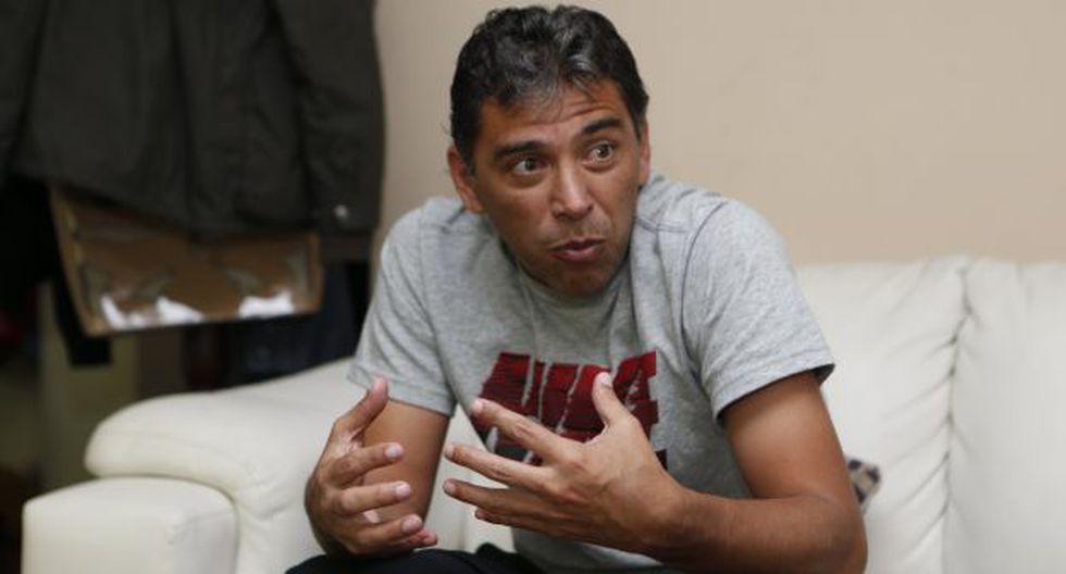 Juan Carlos Bazalar estuvo en la despedida de Waldir Sáenz. (USI)