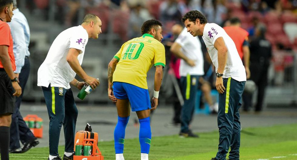 Neymar se lesionó en un amistoso con Brasil ante Nigeria. (AFP)
