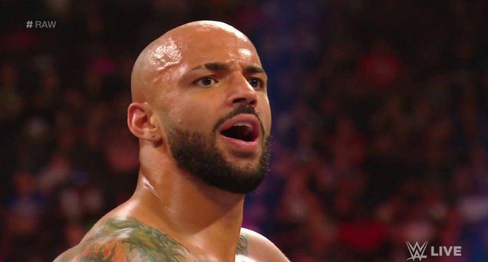 Ricochet celebró un triunfo en Raw. (WWE)