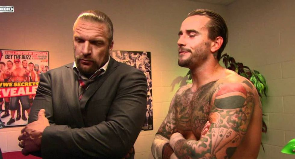 Triple H junto a CM Punk. (Foto: WWE)