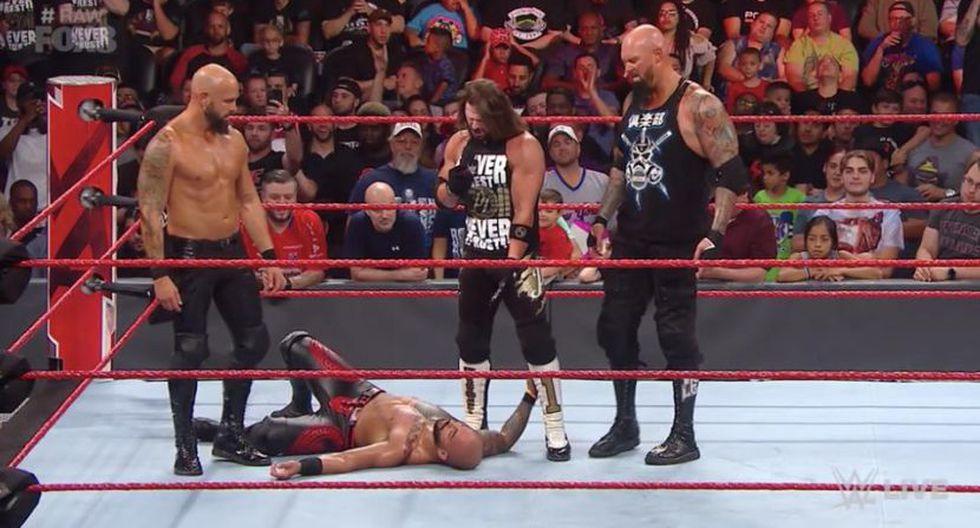 The Club no tuvo piedad con Ricochet. (WWE)