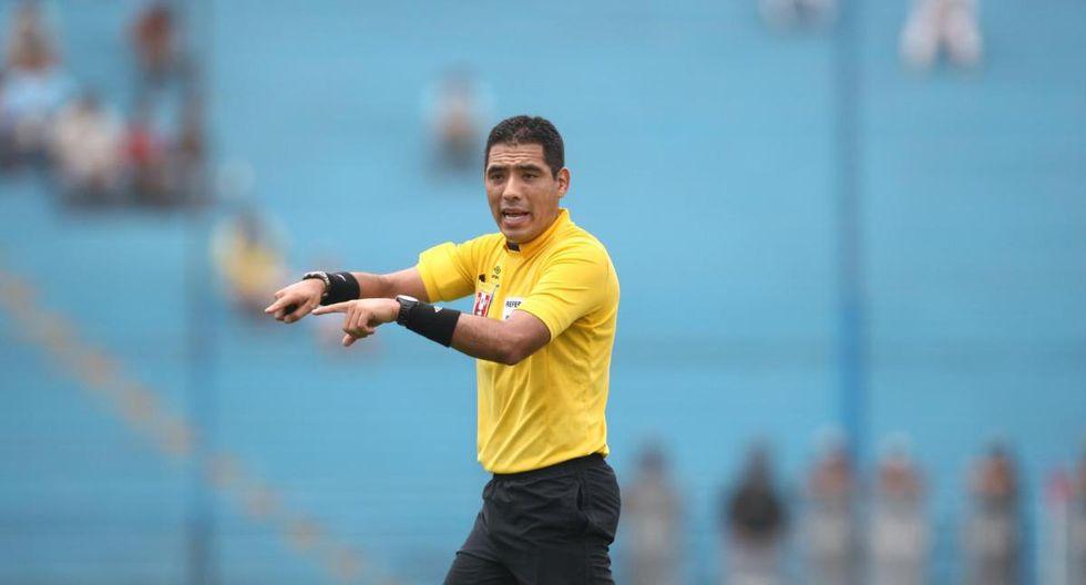 Diego Haro fue retirado de la final de la Copa Libertadores. (GEC)