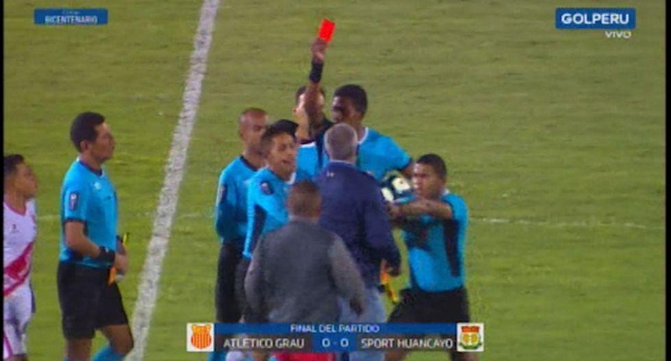 Wilmar Valencia vio la tarjeta roja al final del tiempo extra en el Estadio Miguel Grau. (Captura: Gol Perú)