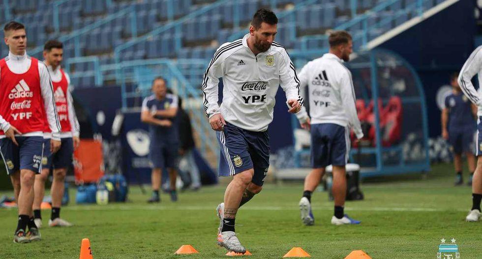 Lionel Messi participó en el entrenamiento de la selección argentina en Arabia Saudita. (Foto: @Argentina)